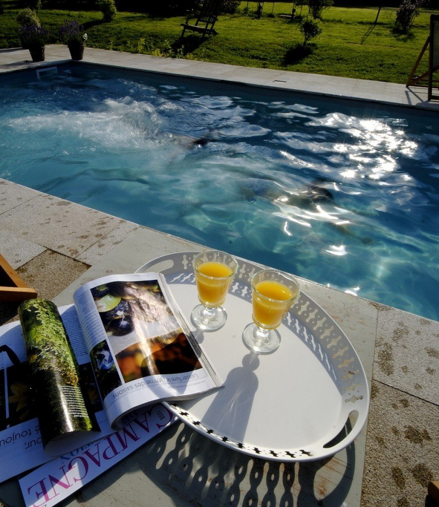 009-piscine-2012-Copier-887x1024