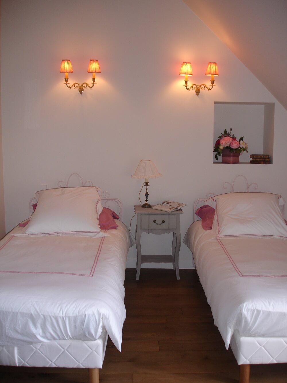 votre chambre d 39 h tes lamballe dans les c tes d 39 armor. Black Bedroom Furniture Sets. Home Design Ideas