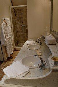 salle de bain chambre jardin d'Adélaïde chambre