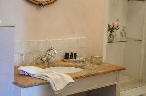 Chambre de Mademoiselle ,salle de bain