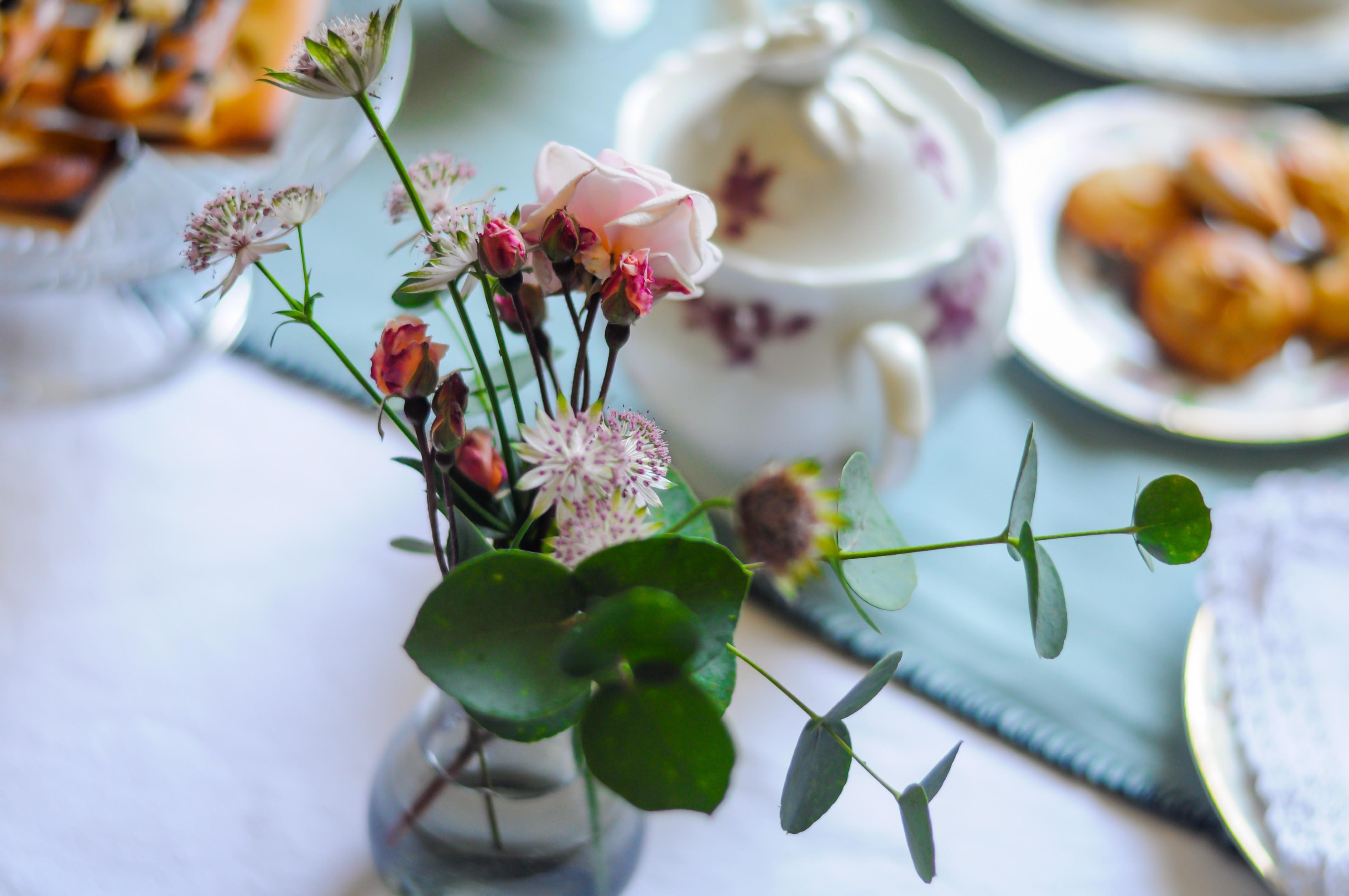 bouquet de fleurs, pour décorer les tables du petit déjeuner