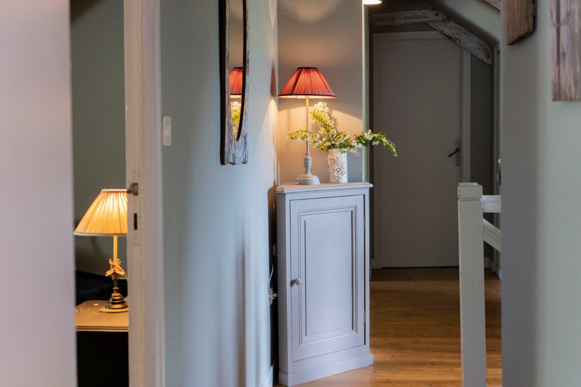 couloir étage gite hortense qui dessert 3 chambressgrand gite du amnoir